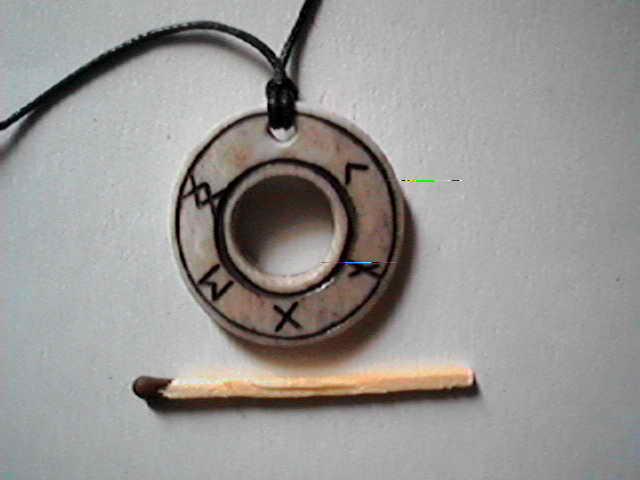 http://boneart.narod.ru/i/amulet-041.jpg